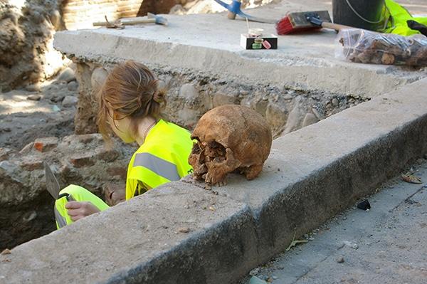 archéologues Toulouse métropole saint sernin tournage réalisation audiovisuelle