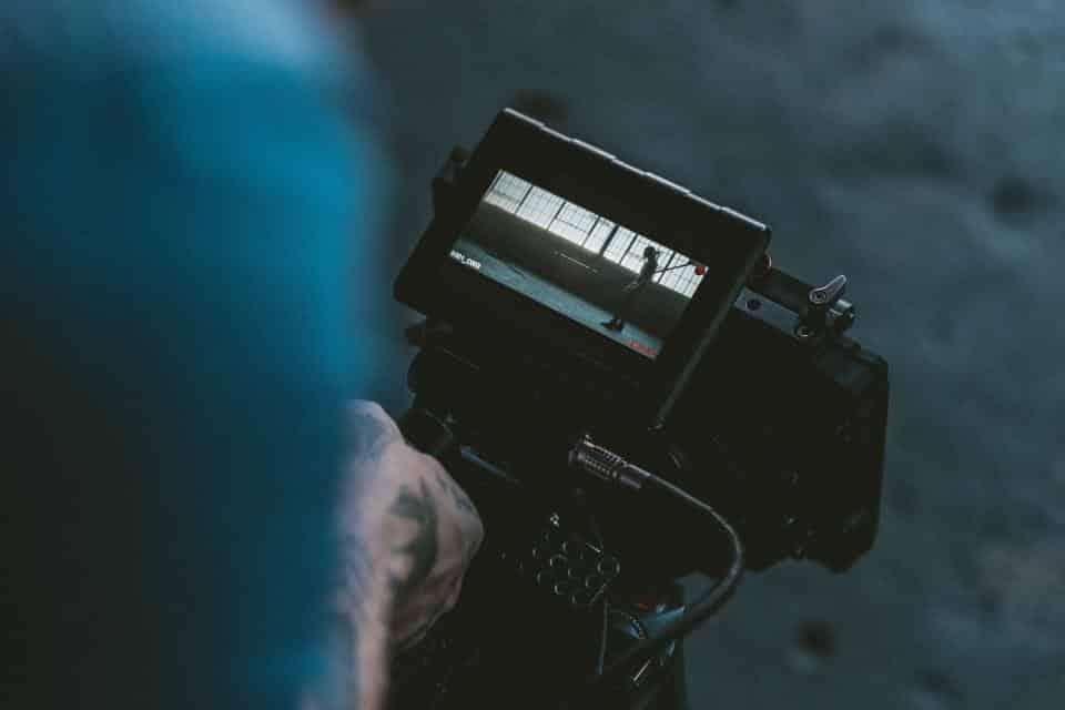 caméraman réalisation de film institutionnel pour campagne de brand content